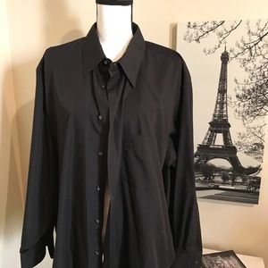Men's black Van Huesen dress shirt size 18.5